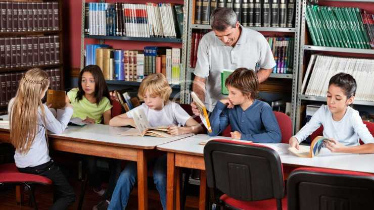 Working with Kids: Pros and Cons